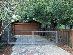 Craftsman Style Drive Gate with Waves
