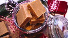 Karamellfudge – Ida Gran-Jansen Norwegian Christmas, All Things Christmas, Fudge, Peanut Butter, Dairy, Pudding, Snacks, Baking, Food