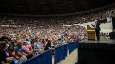 Bernie Sanders Draws Biggest Crowd of Any 2016 Candidate