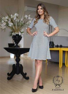 Além de estilo, Luizia Fazzolli busca criar sonhos. No mercado desde 1994, Luzia Fazzolli cria peças para Mulheres exigentes,…