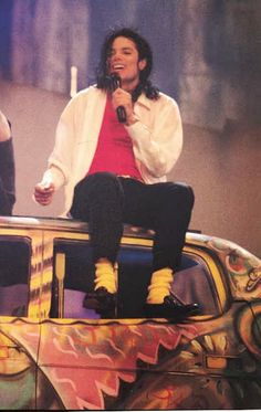 Michael Jackson  Who can not love that smile. MTV 10th Anniversary - November 15 & 16th 1991