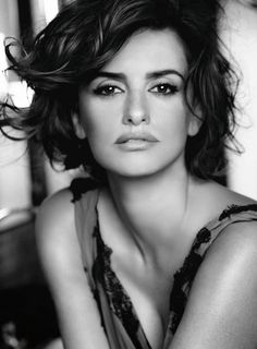 Penelope Cruz Bella Donna's Luxury Designs