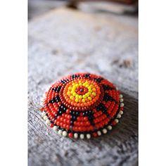 . Beads Concho (order) . Matelials : Czech Seed Beads ,Deer Skin . Size : 42mm . Price : 4,860-(tax inclouded) . #kazoo #beads #beadwork #beadsjewelry #concho #ビーズ #ビーズ細工 #ビーズワーク #ビーズジュエリー #コンチョ #ビーズコンチョ #アクセサリー #ジュエリー #山梨 #ヘアゴム #ヘアアクセサリー #オーダー #ありがとうございます