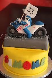 Afbeeldingsresultaat voor cake valentino rossi Bike Cakes, Valentino Rossi, Toy Chest, Decor, Decoration, Decorating, Bicycle Cake, Deco