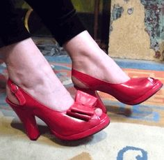 Remix Vintage Shoes, Rita Slingback Platform with Clip-on Bow in Red Leather