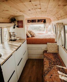 Van Conversion Interior, Camper Van Conversion Diy, Airstream Interior, Van Interior, Bus Living, Tiny House Living, Caravan Living, Van Life, Vanz