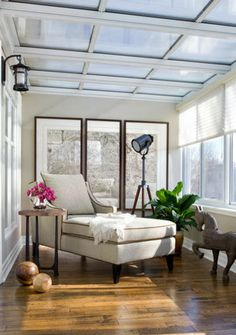 daybed in sunroom - soothing/serene