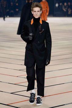 Dior Homme Autumn/Winter 2017 Menswear Collection | British Vogue