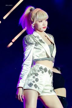 Kpop Girl Groups, Korean Girl Groups, Kpop Girls, Stage Outfits, Kpop Outfits, Barbie Princess, South Korean Girls, Fashion Brand, Serum
