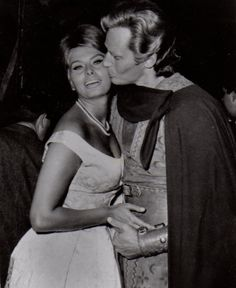 Sophia Loren & Charlton Heston