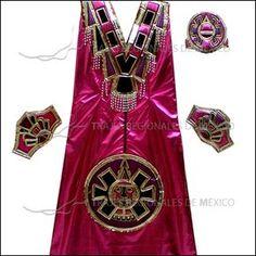 Vestido de azteca o conchero para dama color rosa con adornos dorados, morados y negros.