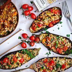 Punjeni patlidžan je vegetarijanski klasik kojem se uvijek rado vraćamo. Vegetable Pizza, Rado, Vegetables, Vegetable Recipes, Veggies