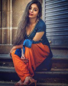 Indian Ladies Dress, Indian Girls, Ladies Dresses, Ladies Suits, Beautiful Girl Indian, Most Beautiful Indian Actress, Stunning Girls, Ladies Kurti Design, Punjabi Models