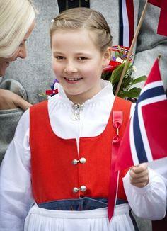 MYROYALS  FASHİON: Norwegian National Day 2013-Princess Ingrid Alexandra