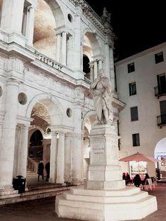 Piazzetta Palladio, Vicenza, Italy (photo Gianluca Polazzo via Due di Donne)
