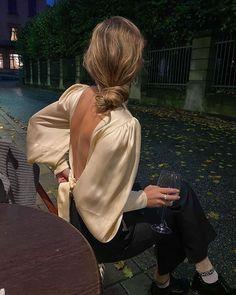 The Noisetier (@thenoisetier) • Fotos e vídeos do Instagram Classy Aesthetic, Aesthetic Clothes, Beige Aesthetic, Aesthetic Fashion, Classy Outfits, Trendy Outfits, Classy Dress, Mode Outfits, Fashion Outfits