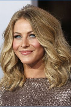 People's Choice Awards 2012: The Must-See Beauty Looks