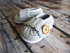 Anthonys Perfect Fit Loafers Pattern  This listing is for a pattern only. This pattern includes newborn size and 0-3 months size. This pattern