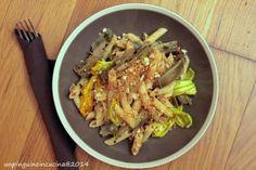 Un pinguino in cucina: Pasta di kamut con carciofi, fiori di zucca, mollica e acciughe - Kamut Pasta with Artichokes, Courgette Flowers, Bread Crumbs and Anchovies