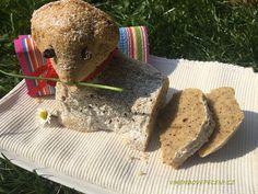 Ořechový beránek Cheesecake, Bread, Food, Cheesecakes, Brot, Essen, Baking, Meals, Breads
