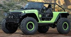 The Jeep Wrangler Trailcat concept with 707 HP of supercharged insanity. Would you conquer this beast?! #donwhitescdjr