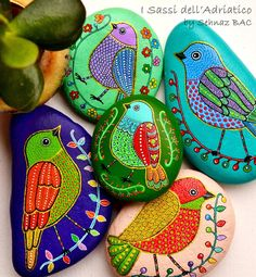 Last 3 hours to close my Etsy shop on www.isassidelladriatico.etsy.com untill 18 February. I will continue to post here and Instagram while i am out for a short break. Happy evening to all with my birds #paintedstones