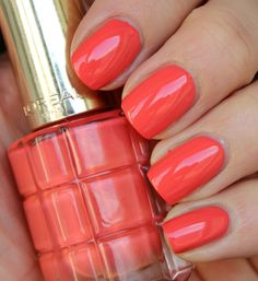L' Oreal Coral Trianon Loreal Paris, Diy Beauty, Nail Polish, Coral, Nails, Decor, Enamels, Decorating, Ongles