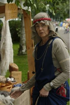 Hämeen keskiaikamarkkinat - Häme Medieval Faire 2008, Nainen - Woman, © Timo Martola