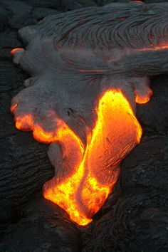 Photo By Olivier Grunewald His Simple Explanation For The - Incredible neon blue lava flames erupt volcano