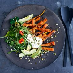 The most delicious (and healthy) summer salad recipe to try now.