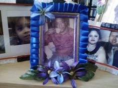 blue picture frame 2