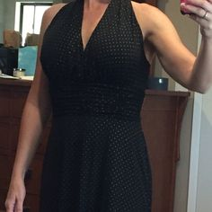 Evan Picone halter dress Great evening out dress. Black with gold dots. Size 6. Like new, non smoker home Evan Picone Dresses
