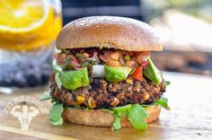 Going meatless isn't so bad when you can enjoy burgers like this. Black bean quinoa burger is a quick, healthy recipe for those who want to eat a less. Vege Burgers, Quinoa Burgers, Burger Recipes, Vegetarian Recipes, Healthy Recipes, Vegetarian Burgers, Healthy Meals, Healthy Food, Black Bean Quinoa Burger