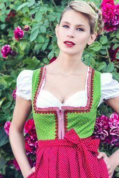 Dirndl Talisa Grünes Mididirndl mit roter Pünktchenschürze | Dirndl.com