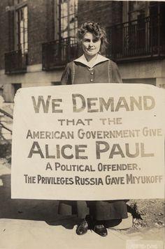Suffragist Lucy Branham. Library of Congress/Harris & Ewing