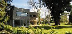 Gallery of House MP / Estudio GMARQ - 1 Patio, Villa, Floor Plans, Flooring, Gallery, House, Image, Arquitetura, World