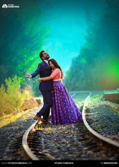 Shopzters is a South Indian wedding site Indian Wedding Poses, Indian Wedding Couple Photography, Pre Wedding Poses, Couple Photography Poses, Pre Wedding Photoshoot, Wedding Shoot, Photo Poses For Couples, Couple Photoshoot Poses, Couples Images