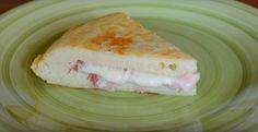 Cuisinez la à l'italienne! Voici une omelette de pomme de terre remarquable - Recettes - Ma Fourchette