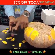 (BUY 1 GET OFF) Can be widely used for easy peeling, removing vegetable/fruit seeds and creating tiny potato balls. Fodmap, Interior Design Kitchen, Gluten Free Recipes, Cooking Tips, Clean Eating, Projects To Try, Pumpkin, Clothes Storage, Grater