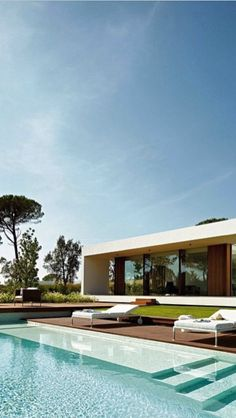Architecture, Architecture: Interesting Deluxe Spanish Property, On Exterior Villa Indigo: Luxurious Spanish Property with Large Infinity Pool Dream Home Design, Modern House Design, Swimming Pool Designs, Swimming Pools, Moderne Pools, Infinity Pools, Design Exterior, Architect House, Cool Pools