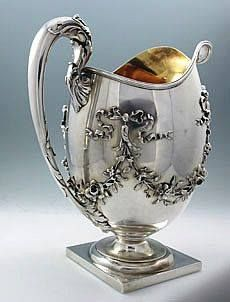 Whiting sterling silver antique pitcher with applied floral swags Vintage Silver, Antique Silver, 925 Silver, Bronze, Art Nouveau, Argent Antique, Sea Glass Jewelry, Or Antique, Sterling Silver Jewelry
