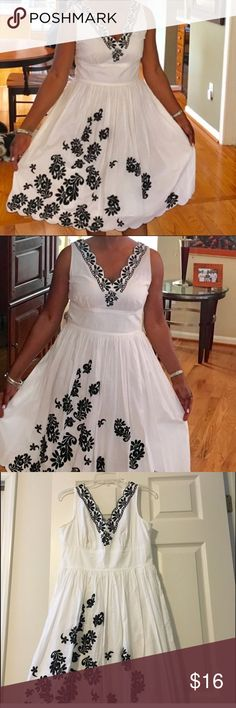 Black & White Sundress Size 6 INC Black & White Sundress. Dress is in excellent condition. INC International Concepts Dresses