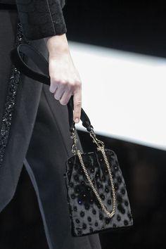 Giorgio Armani Fall 2017 Ready-to-Wear Accessories Photos - Vogue