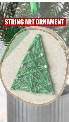 Christmas Ornament Crafts, Christmas Projects, Wood Crafts For Christmas, Diy Christmas In A Jar, 2nd Grade Christmas Crafts, Simple Christmas Gifts, Farmhouse Christmas Ornaments Diy, Christmas Activites, Christmas Holidays