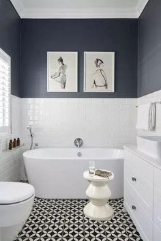 How Japanese Interior Layout Could Boost Your Dwelling Small Bathroom Design Ideas White Bathroom Interior, White Bathroom Tiles, Grey Bathrooms, Bathroom Layout, Modern Bathroom, Bathroom Ideas, Master Bathroom, Half Bathrooms, Budget Bathroom