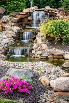 34 Awesome Backyard With Water Garden Design Ideas - SearcHomee Waterfall Landscaping, Garden Waterfall, Pond Landscaping, Outdoor Water Features, Water Features In The Garden, Backyard Water Feature, Ponds Backyard, Outdoor Fish Ponds, Backyard Waterfalls