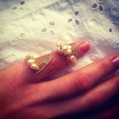 Ring Design by Merve Özdemir Leaf Ring for Bride