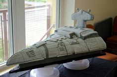 Star Wars Destroyer Cake | 26 Nerdy Wedding Cakes to Geek Out Over