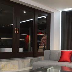 Раздвижные двери цвета горького шоколада #двери #межкомнатные #рулес #интерьер #дизайн