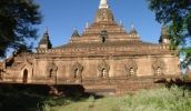 Nagayon Temple in Bagan, Myanmar (Burma) Pagoda Temple, Buddhist Traditions, Bagan, Mandalay, Run Around, Paris Skyline, Tourism, Places, Turismo